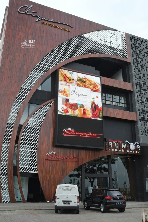 Eksterior depan Clique Kitchen and Bar by Myfunfoodiary