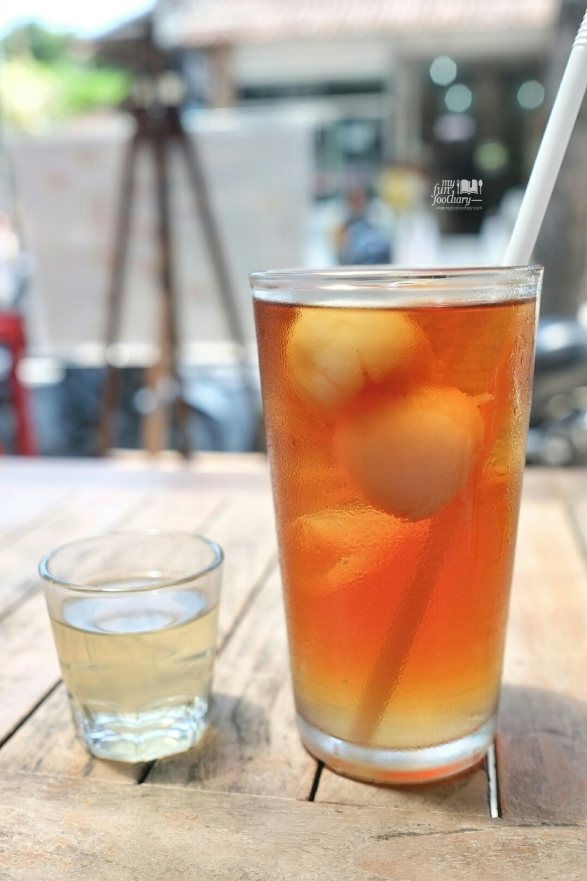 Iced Lychee Tea at Eat Well Bali by Myfunfoodiary