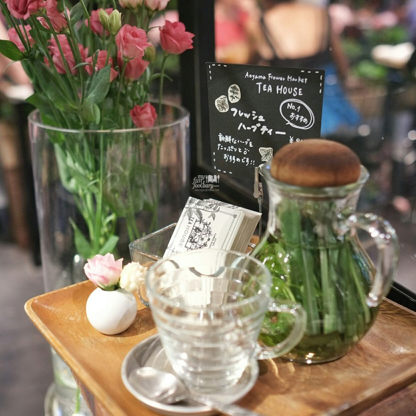 Tea Time at Aoyama Flower Market in Tokyo by Myfunfoodiary