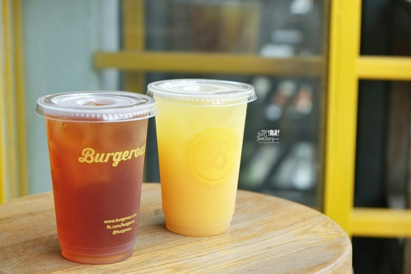Durian Ice Tea and Banana Colada at Burgerous Taman Ratu by Myfunfoodiary