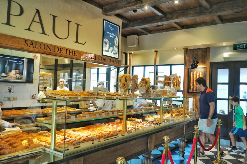 Bakery Counter at Paul French Bakery Jakarta by Myfunfoodiary-