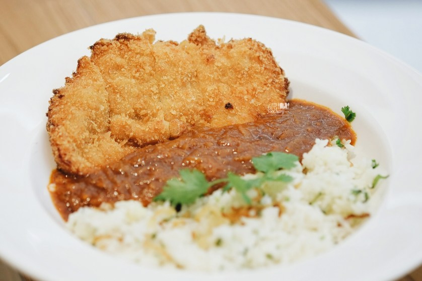 Chicken Katsu with Rogan Josh Curry at Go Curry Lippo Mall Puri by Myfunfoodiary