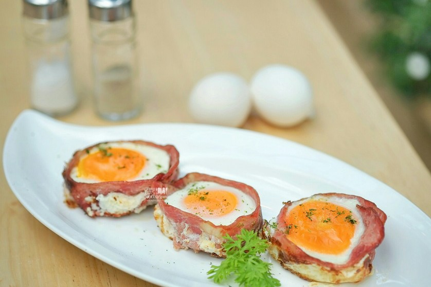 Egg Bacon at Sunny Side Up by Myfunfoodiary
