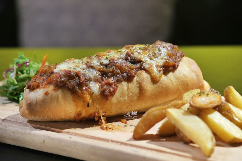 Meatball Sub at Commune Bistro and Grill by Myfunfoodiary