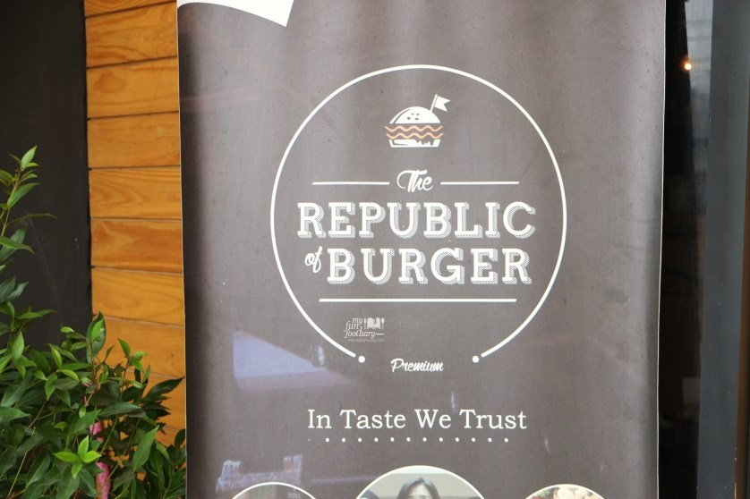 The Republic of Burger Kemang by Myfunfoodiary