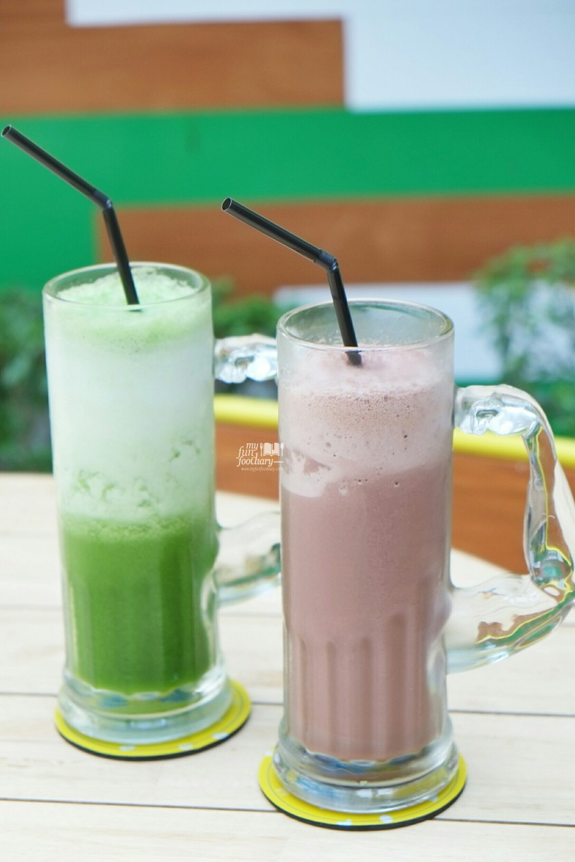 White Yolk Juice at Sunny Side Up by Myfunfoodiary