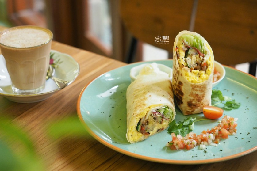 Breakfast Burritos at Breakfast at Cayenne by Myfunfoodiary
