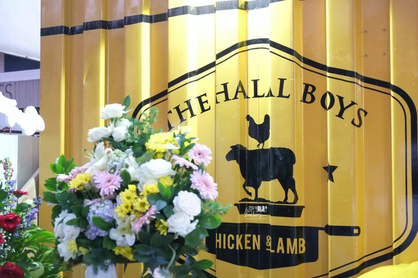 Decor Foodtruck at The Halal Boys by Myfunfoodiary