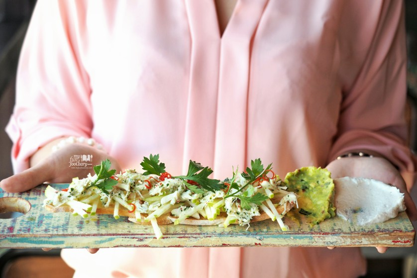Crab and Avocado Bruschetta at Jamie's Oliver Bali by Myfunfoodiary