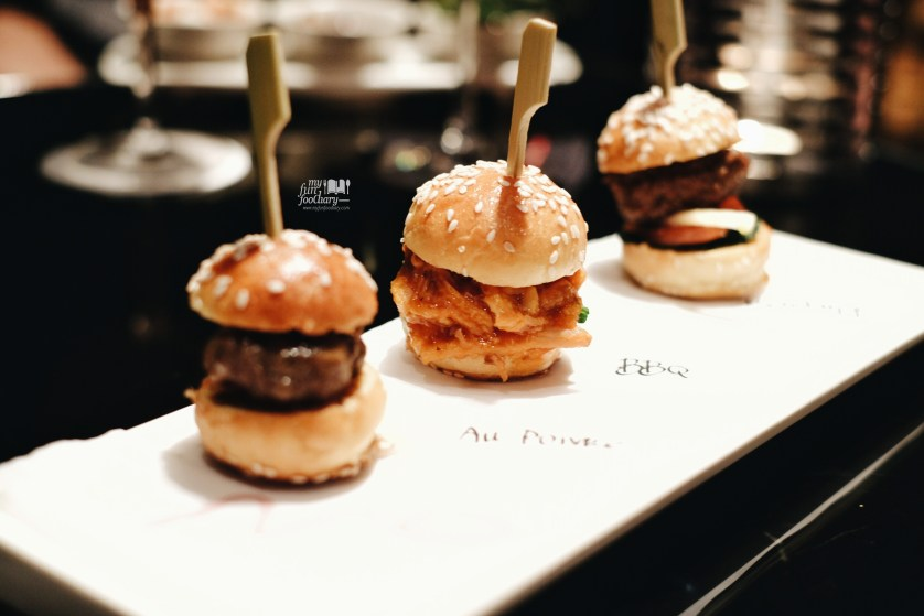 Mini Slider at MO Bar by Myfunfoodiary