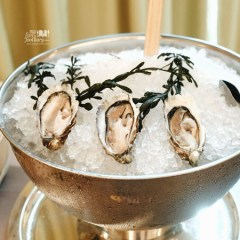 [SINGAPORE] Super Fresh Tsarskaya French Oysters and Wonderful Buffet Lunch at Oscar's, Conrad Centennial Singapore