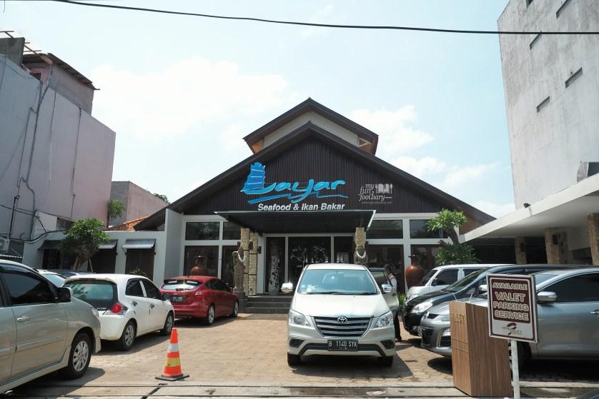 Tampak Depan Layar Seafood Jakarta by Myfunfoodiary