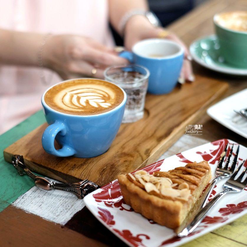 Good Coffee and Apple Tart at Djule Kofi by Myfunfoodiary