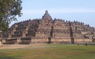 borobodur backpacking