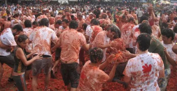 tomatina festival in spain