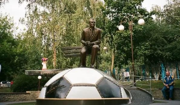 Lobanovskiy statue in Kiev