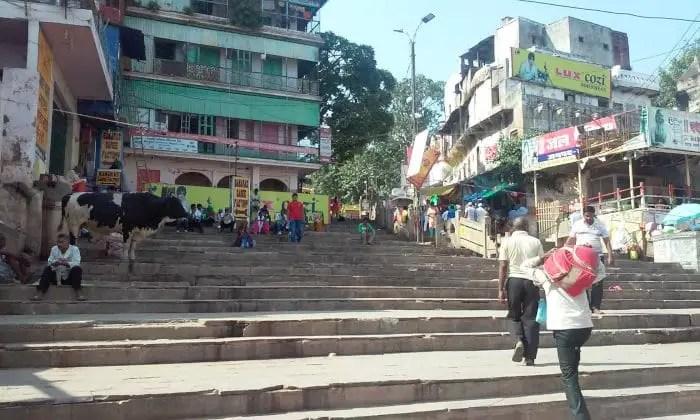 varanasi-street