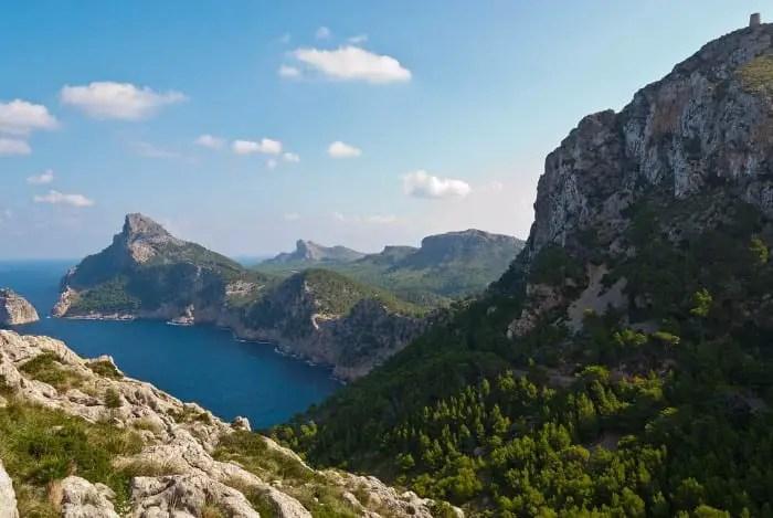 Majorca budget travel