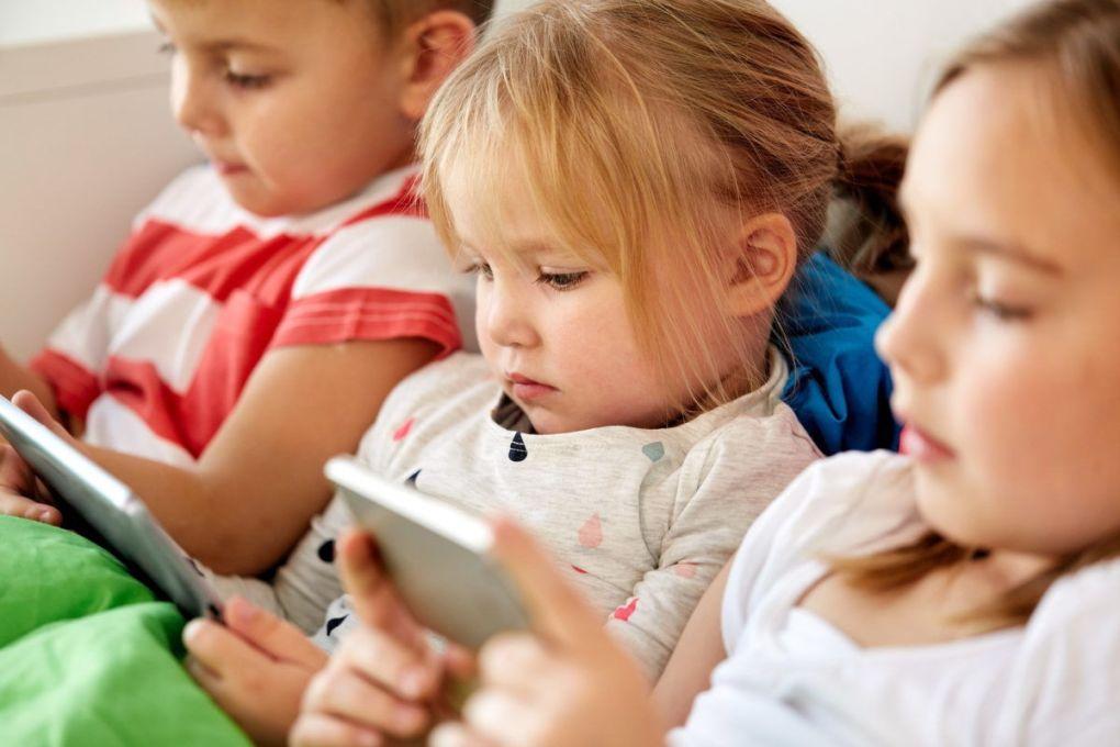 Using Smartphones by Children
