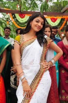 kajal-agarwal-photos-in-saree-9