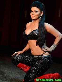 rakhi-sawant-hot-deep-cleavage-photos-9