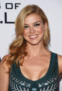 adrianne-palicki-at-agents-of-s-h-i-e-l-d-season-3-premiere-in-los-angeles-09-23-2015_1