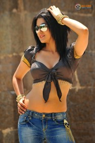 sakshi-chaudhary-hot-photos-08