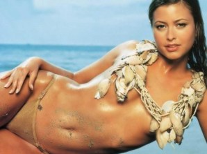 holly-valance-poster-entourage-1055961478