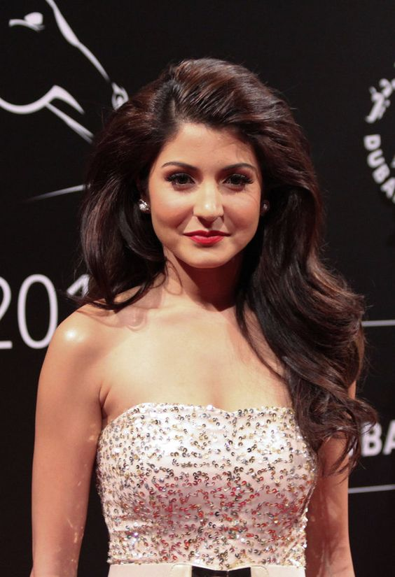 DUBAI, UNITED ARAB EMIRATES - DECEMBER 08: (SOUTH AFRICA OUT) Bollywood Actress Anushka Sharma on the red carpet during the 2011 Dubai International Film Festival on December 8, 2011 in Dubai, United Arab Emirates. (Photo by Shijilesh Uleri/Gallo Images/Getty Images)