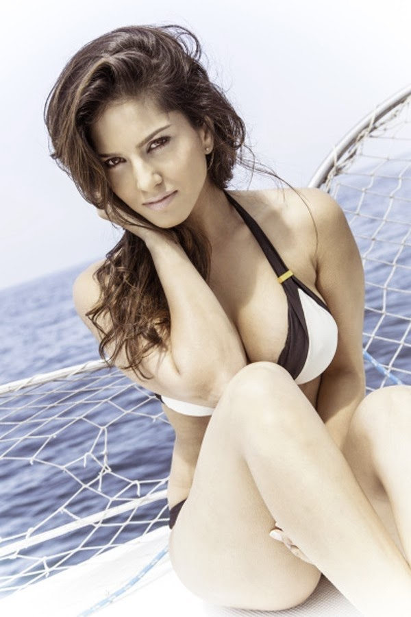 Sunny Leone hot bikini pics, VADACURRY SUNNY LEONE