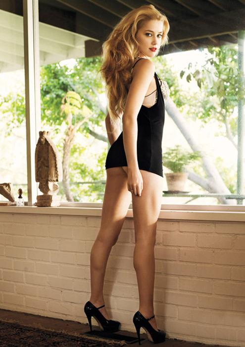 Amber-Heard-Hot-1