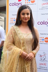 Meera-Deosthale-aka-Chakor-at-a-press-meet-as-COLORS-joins-hands-with-Laadli