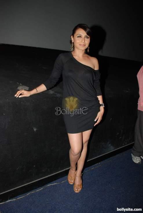 rani-mukherjee-at-fame-cinema-028