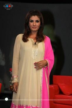 raveena-tandon-at-isi-ka-naam-zindagi-hai-tv-show-bd-1782462109