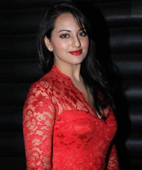 sonakshi sinha in red