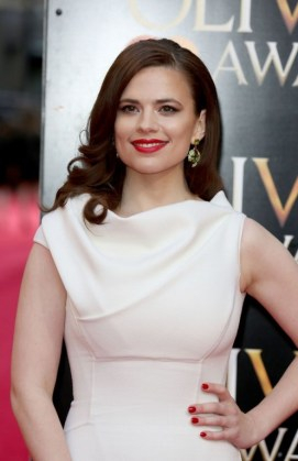 hayley-atwell-in-dsquared²-gown-2014-laurence-olivier-awards-in-london_4