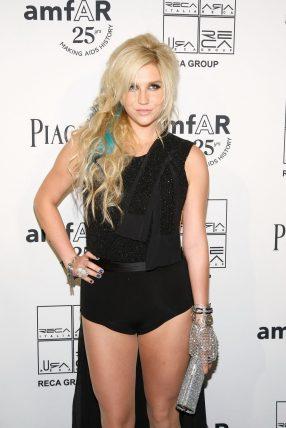 Kesha-Hot