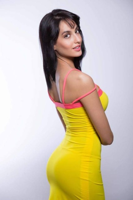 Nora-Fatehi-Height-Weight-Body-Measurements-Affairs-Breast-Size-Bio-1