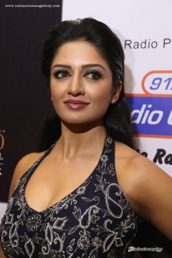 Vimala-Raman--at-Kingfisher-Ultra-Hyderabad-International-Fashion-Week-(6)3943