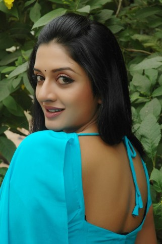 vimala-raman-hot-stills (40)