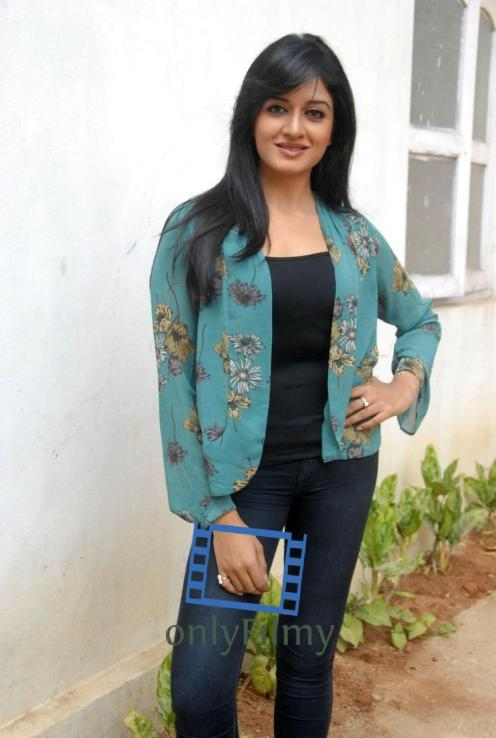 vimala-raman-new-photos-hq-jl-gihana-khan-58983341