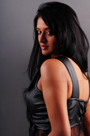 vimala_raman_photoshoot_stills05