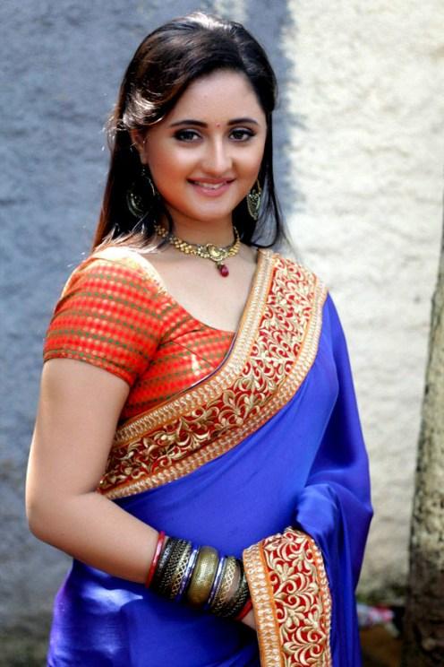 actress-rashmi-desai-photos-(2)7435