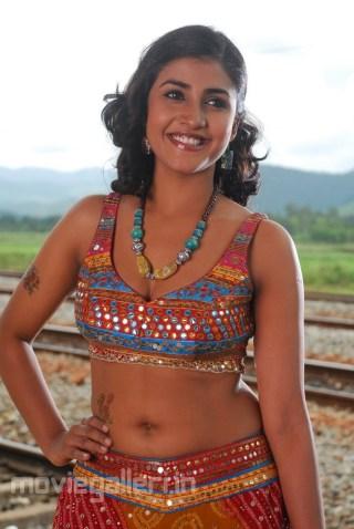 actress_kausha_latest_hot_pics_stills_02
