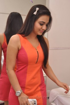 Aksha Pardasany in Super Colorful Dress Hot Photos at Naturals Family Salon