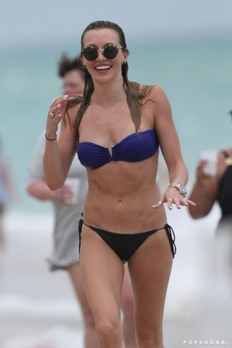 Katie-Cassidy-Hottest-Bikini-Pictures (1)
