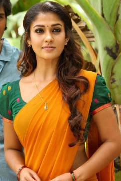 Nayanthara-Photos-in-Thirunaal-Movie-1