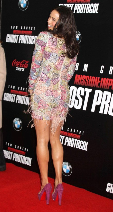 Paula Patton - Hot at Mission Impossible Ghost Premiere-01