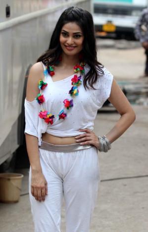 Puja Gupta-Hot-Photo
