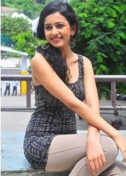 Rakul-Preet-Singh-Latest-Unseen-HD-Wallpaper-111245215-14